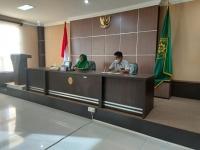 Ketua Mahkamah Syar'iyah Aceh  Serahkan Bantuan Kepada Tenaga Kontrak