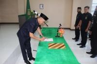 PEMBACAAN DAN PENANDATANGANAN PAKTA INTEGRITAS MAHKAMAH SYAR'IYAH SABANG TAHUN 2021